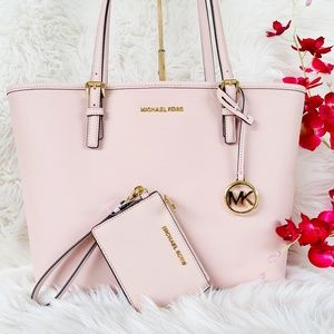 Michael Kors Carryall Tote With Matching Wallet🌸